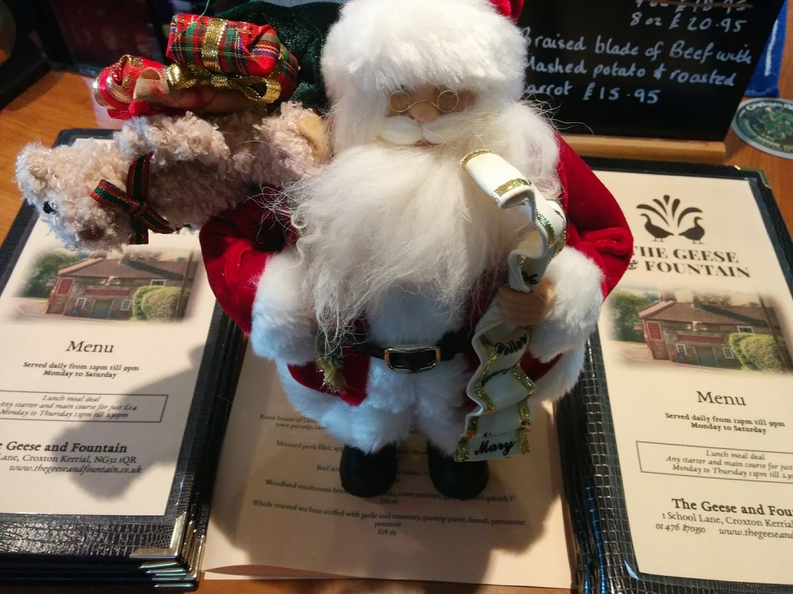 Christmas Menu at the Geese and Fountain 2017: Santa is ready for Christmas Dinner